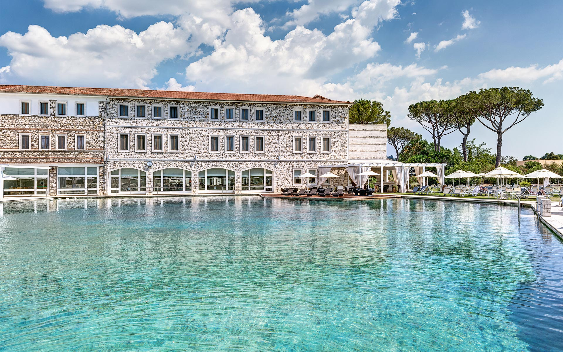 "Велнес-отель ""Terme di Saturnia Spa & Golf Resort""."